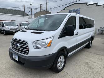 2018 Ford Transit 350 Wagon Low Roof XLT 60/40 Pass. 148-in. WB